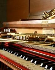 Conecrt d orgue et trompettes remid.